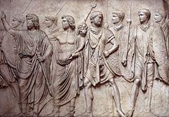 Античный рельеф. Музей римской цивилизации. Рим