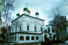 Владимирская икона оставила в Москве много следов. В том месте, где ее торжественно встречали, возник Сретенский монастырь и улица Сретенка.