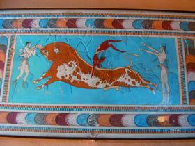 Ритуал с быком. Кносский дворец на острове Крит