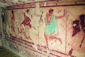 Роспись стен гробницы правителя Триклиния. Тарквиния. Италия