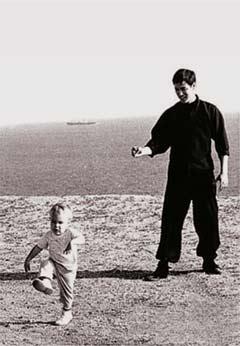 Брюс Ли с сыном. 1967